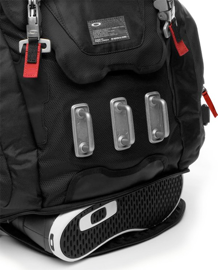 wiggle.com | Oakley Kitchen Sink Backpack | Backpacks