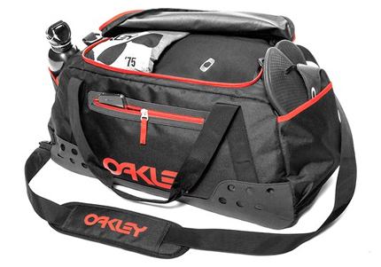 oakley bags zqe4  About Travel Bags