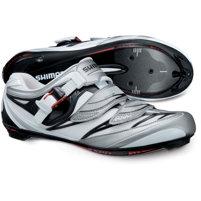 R133 Road Cycling Shoes